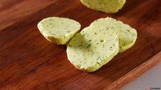 Receita de Manteiga aromatizada com caril e ervas. Descubra como cozinhar…