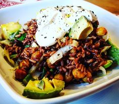 Roter Reis mit Kichererbsen, Avocado und Chicorée  #Food #foodporn #foodblog #Rice #Avocado #health #salad #Ayurveda #india