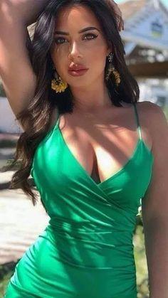 Beautiful Bollywood Actress, Beautiful Indian Actress, Beauty Full Girl, Beauty Women, Femmes Les Plus Sexy, Brunette Beauty, Mannequins, Gorgeous Women, Elegant Woman