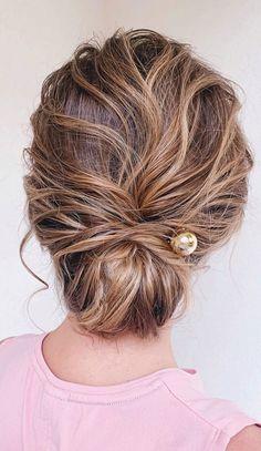 Short Curly Hairstyles For Women, Haircuts For Fine Hair, Short Hair Updo, Short Wedding Hair, Messy Hairstyles, Messy Updo, Updos Hairstyle, Wedding Hairstyle, Hairstyle Ideas