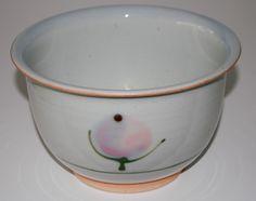Bodil Manz, bowl in porcelain, own studio Denmark. W: 18. H: 11 cm.