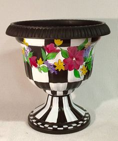 Large Urn Planter P*T Black And White Checked Resin 400 x 300