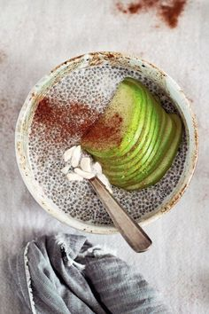 4. Apple Cinnamon Chia Seed Pudding #healthy #chiaseed #recipes http://greatist.com/eat/chia-seed-pudding-recipes