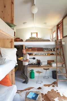 Would you Live in this Minimalist & Multifunctional Tiny Cabin? | Tiny House Pins