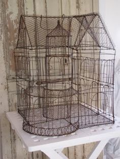 mansion. .....wire sculpture