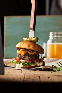 This moist and flavourful burger is practically foolproof and quickly put together for an easy weekday meal (or party dish). The onion jam adds a perfect amount of sweetness. Easy Weekday Meals, Onion Jam, Party Dishes, Burger Recipes, Dessert Recipes, Desserts, Burgers, Hamburger, Food Porn