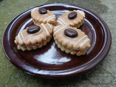 Mocca oválky Christmas Cookies, Cheesecake, Pudding, Vegetables, Food, Advent, Sweet Tooth, Cakes, Wafer Cookies