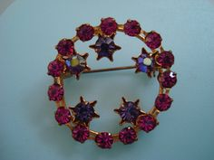 Vintage 1950's Rhinestone and Star Brooch Fuchsia by tipsynumber9, $7.99 Austria, 1950s, Vintage Jewelry, Floral Wreath, Presents, Brooch, Stars, Purple, Frame
