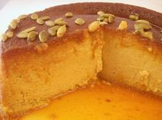 I love flan and I love Pumpkin Pie, so why not combine my two loves? Boricua Recipes, Puerto Rican Recipes, Mexican Food Recipes, Dessert Recipes, Spanish Recipes, Pumpkin Flan, Pumpkin Recipes, Pumpkin Cheesecake, Pumpkin Dishes