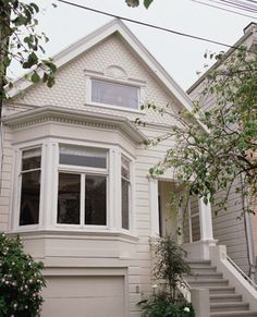 traditional exterior by Fougeron Architecture FAIA Ranch Exterior, Exterior Trim, Exterior Remodel, Exterior Design, Garage Design, Bay Window Exterior, Exterior Front Doors, Victorian Windows, Victorian Homes