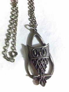 Vintage 1970's Pewter Owl Pendant Necklace / 70's by bonitalouise