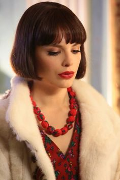 Red Queen Movie, Soviet Union, Vintage Beauty, Amazing Women, Crochet Necklace, Floral Design, Actresses, Hair, Cinema