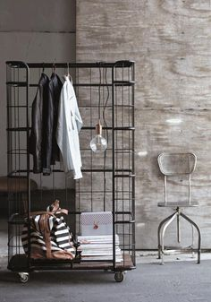 Love this a rolling rack would be great to keep me organised. Especaiily for a small house.