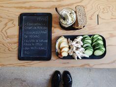Menu du jour 13/04 - Légumes bio : concombre + champignon de Paris - Scamorza fumée et ricotta de Bufflonne de PAISANO - Pain multi-céreals bio