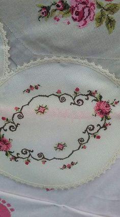 The most beautiful cross-stitch pattern - Knitting, Crochet Love Cross Stitch Letters, Cross Stitch Borders, Cross Stitch Rose, Cross Stitch Flowers, Modern Cross Stitch, Cross Stitch Designs, Cross Stitching, Cross Stitch Embroidery, Hand Embroidery