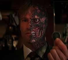 Two-Face (Aaron Eckhart) from The Dark Knight. The movie really should be called The Harvey Dent Story because it's really about him moreso than about Batman or even the Joker. Two Face Batman, Batman Dark, Batman The Dark Knight, Batman Metal, Batman Arkham, Comic Book Villains, Gotham Villains, Gotham Characters, Maquillage Halloween