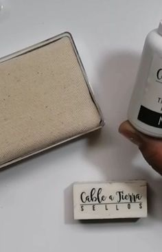 """Sellos Cable A Tierra on Instagram: """"Hola!! A pedido del público el tutorial de tinta indeleble. . . .  Aquí les dejo un video donde pueden aprender a usar la tinta indeleble.…"""""""
