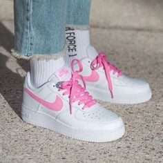 nike air force 1 available online 💓🌫 Sneakers Fashion, Sneakers Nike, Women's Sneakers, Sneakers Workout, Sneakers Women, Running Sneakers, Casual Sneakers, Fashion Shoes, Nike Shoes Air Force