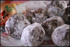 Lisa's Raw Balls by Sweet Sadies, via Flickr