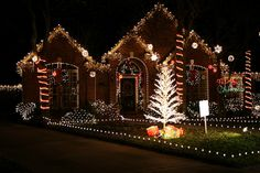 GINGERBREAD CHRISTMAS LIGHTS-SUGARLAND, TEXAS by ashkani, via Flickr