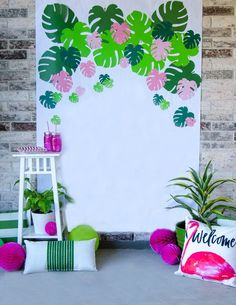 How To Make a Tropical Backdrop for a flamingo or summer themed birthday party. use backdrop for photos or dessert table backdrop. Spruce up your Hawaiian Luau, End of School Bash or Tropical Party with DIY TROPICAL BACKDROP by Lindi Haws of Love The Day. Aloha Party, Hawaiian Luau Party, Moana Birthday Party, Moana Party, Tiki Party, Luau Birthday, Beach Party, Luau Party Games, Hawaiian Birthday Parties