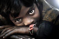 Bangladesh in Portrait - David Lazar