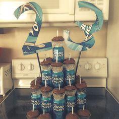 Birthday cake for boyfriend diy 62 trendy ideas Birthday Cakes For Men, Birthday Cake For Boyfriend, Mom Birthday Gift, Birthday Crafts, Birthday Cupcakes, Boyfriend Cake, Birthday Recipes, 21st Birthday, Wraps