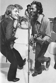 """If you tried to give rock and roll another name, you might call it 'Chuck Berry."" ~ John Lennon // Chuck Berry and John Lennon – Johnny B Goode (Live Rock And Roll, Francisco Javier Rodriguez, The Beatles, John Lennon Beatles, Good Music, My Music, Johnny B Goode, Mundo Musical, Foto Poster"