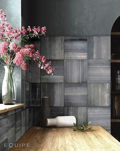 Habitat Cala Sugar 20x20   kakelhornan.se Kitchen Backsplash Inspiration, Gray Kitchen Backsplash, Floor Colors, Wall Colors, Wall And Floor Tiles, Wall Tiles, Wood Effect Tiles, Subtle Textures, Interiores Design