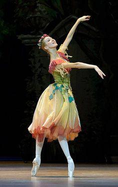 Irina Wasilewska in Frederick Ashton's Cinderella.    Photo© Ewa Krasucka/Polish National Ballet.