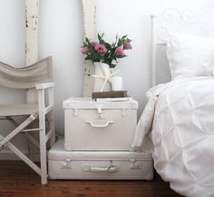 Shabby Chic Ireland: Romantic Shabby Chic - Bedroom furniture Use old suitcases and paint them white then use them as side tables Shabby Chic Bedroom Furniture, Shabby Chic Bedrooms, Romantic Shabby Chic, Bedroom Romantic, Painted Suitcase, Painted Trunk, Trunks Painted, Suitcase Decor, Suitcase Storage