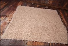 * Processing time: 1-3 business days *  These gorgeous and SUPER soft cuddle faux fur are perfect as a bowl or basket filler, or bean bag cover, and are available in 2 sizes: 20x20 and 30x30. Contact me for other custom sizes. The colors are hand dyed and best described as cocoa brown, caramel, and cream. These photos are taken in professional studio without any editing and should give an accurate idea of color. It may look slightly different in daylight. I recommend washing the fur on warm…