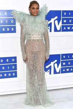 VMAs 2016 http://stylelovely.com/galeria/mtv-video-music-awards-2016/#page/6