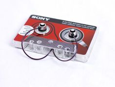 lovely-package-sonny-earbuds-1