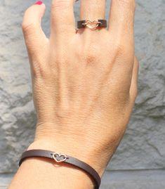 Thin adjustable leather bracelet - heart leather bracelet - rose gold and leather . - Thin Adjustable Leather Bracelet – Heart Leather Bracelet – Rose Gold and Leather Jewelry, Boho - Bracelet Rose Gold, Diy Leather Bracelet, Heart Bracelet, Leather Jewelry, Boho Jewelry, Fine Jewelry, Women Jewelry, Gold Bracelets, Heart Jewelry
