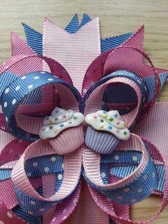 Making Hair Bows, Diy Hair Bows, Diy Bow, Girl Hairstyles, Make Hair Bows, Cute Cheer Bows, Ribbon Crafts, Ribbon Bows, Ribbons