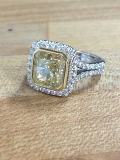 How about a yellow diamond for a change? Mark Patterson Promise™ Collection.