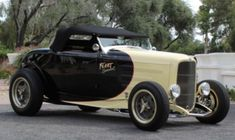 Classic Hot Rod, Classic Cars, Kiwi, Hot Rods, Drag Bike, The Boogie, Buick Century, 32 Ford, Smiling Man