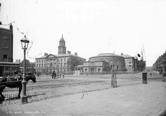 Rotunda Hospital and Ambassador Cinema, Dublin, Ireland. Dublin Street, Dublin City, Old Pictures, Old Photos, Vintage Photos, Images Of Ireland, Irish Cottage, Photo Engraving, Irish Celtic