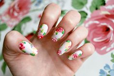 The best tutorials for a spring inspired FLORAL NAIL ART - LAURA ASHLEY FLORAL NAIL ART TUTORIAL