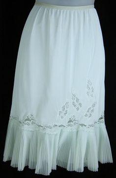 27f41a453b Vtg 50s-60s Sea Foam Green Crystal pleat Lace Retro Half-slip / Skirt sz  XS-XXS #fashion #clothing #shoes #accessories #vintage  #womensvintageclothing (ebay ...