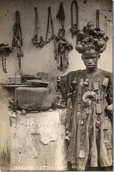 "among the Akan peoples of Ghana, ""fetish men"" wore robes and hats loaded with powerful charms and medicines."