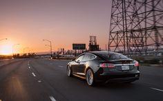 Tesla Model S primește noi funcții odată cu update-ul la versiunea v7.0; iată câteva dintre acestea (video)
