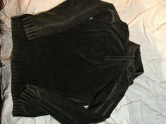 Medium gray top
