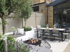 garden design for seating area with firepit – COUPEandCOLOUR. by Linda garden design for seating area with firepit garden design for seating area with firepit Back Garden Design, Backyard Garden Design, Terrace Garden, Tree Garden, Backyard Designs, Bbq Area Garden, Garden Decking Ideas, Back Garden Ideas, Simple Garden Ideas