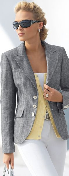 Anna Tokarska for Madeleine collection. Grey blazer with white jeans, yellow sweater vest. Fashion Week, Work Fashion, Spring Fashion, Winter Fashion, Womens Fashion, Fashion Trends, Fashion Fashion, Trendy Fashion, Korean Fashion