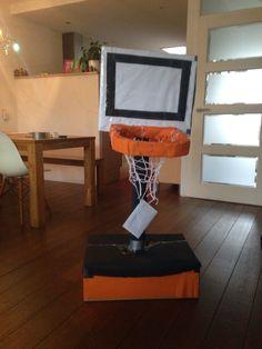 Basket Sinterklaas surprice