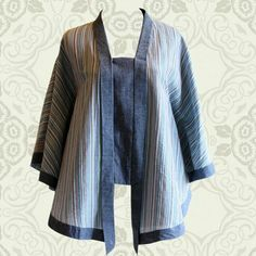 Lurik and denim kutubaru Batik Blazer, Blouse Batik, Batik Dress, Batik Fashion, India Fashion, Traditional Fabric, Traditional Dresses, Blouse Styles, Blouse Designs