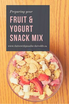 Yogurt Bites are fantastic! Strawberry just makes them that much better! Here are my top 3 ways to eat this delicious snack that is low in sugar and high in flavour! Yogurt Bites, Fruit Yogurt, Healthy School Snacks, Healthy Eating, Thrive Life, Yummy Snacks, Great Recipes, Strawberry, Sugar