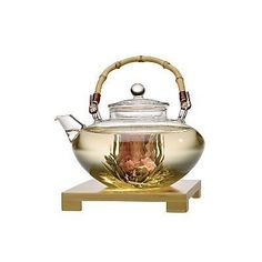 Healthy, practical and pretty Chinese (flowering Jasmine tea)